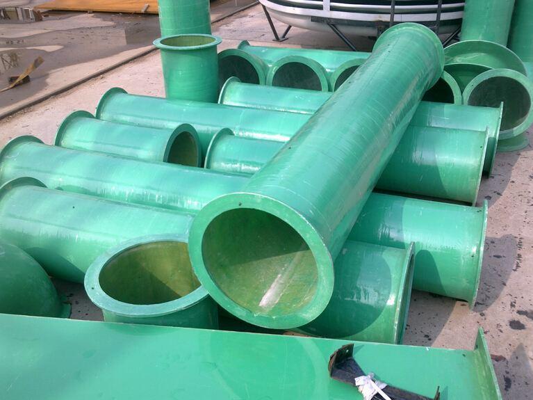 玻璃钢/机械缠绕玻璃钢管道是一种轻质、高强、耐腐蚀的非金属管道。...